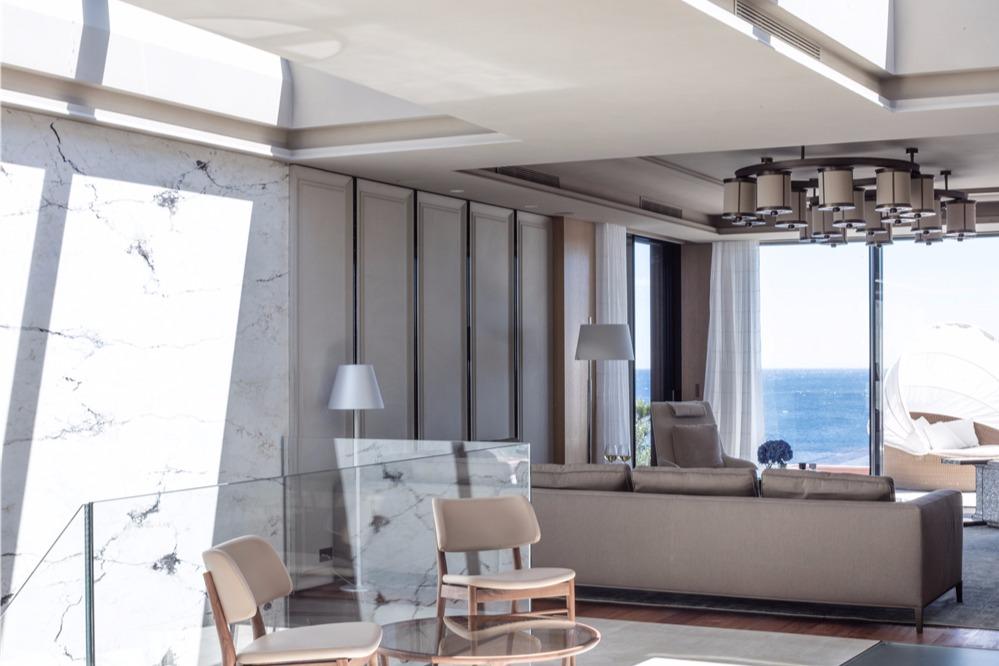 法国蔚蓝海岸私人豪宅